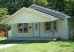 Foreclosed Home in La Follette 37766 W FIR ST - Property ID: 3869616483