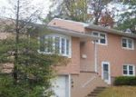 Foreclosed Home in Edison 08837 GRANDVIEW AVE - Property ID: 3870288335