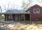 Foreclosed Home in Topeka 66604 SW SIMS AVE - Property ID: 3873510510
