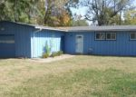 Foreclosed Home in Topeka 66611 SW TARA AVE - Property ID: 3874013296