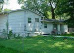 Foreclosed Home in Carbondale 62901 N EMERALD LN - Property ID: 3874520479