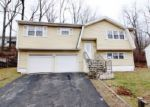 Foreclosed Home in Waterbury 06706 SPRING BROOK RD - Property ID: 3875091148