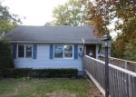 Foreclosed Home in Hamden 06514 VALLEY RD - Property ID: 3875093347
