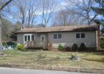 Foreclosed Home in Mastic 11950 MONROE ST - Property ID: 3875567226
