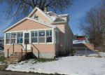 Foreclosed Home in Waterloo 50702 W 6TH ST - Property ID: 3877665122