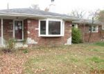 Foreclosed Home in Fairview Heights 62208 LINDA DR - Property ID: 3877917850