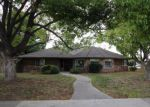 Foreclosed Home in Dinuba 93618 N ROBERTS PL - Property ID: 3879060518