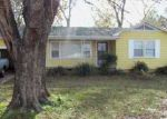 Foreclosed Home in Fort Smith 72903 HON AVE - Property ID: 3879101240