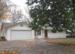 Foreclosed Home in Grants Pass 97527 SLEEPY HOLLOW LOOP - Property ID: 3880453266