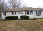 Foreclosed Home in Waterbury 06706 WYOMING AVE - Property ID: 3881623993