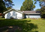 Foreclosed Home in Biloxi 39532 LEXINGTON DR - Property ID: 3882010267