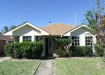 Foreclosed Home in La Place 70068 YORKTOWNE DR - Property ID: 3882765332