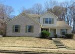 Foreclosed Home in Memphis 38128 HAMPTON MANOR LN - Property ID: 3883908901