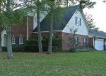Foreclosed Home in Lufkin 75901 PINE VALLEY DR - Property ID: 3884826894