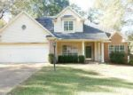 Foreclosed Home in Clinton 39056 WINDING HILLS DR - Property ID: 3888209354