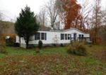Foreclosed Home in Oliver Springs 37840 WALLS HOLLOW RD - Property ID: 3888401632