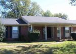Foreclosed Home in Horse Cave 42749 COMER AVE - Property ID: 3888513304