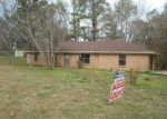 Foreclosed Home in Vicksburg 39180 LAKELAND PARK DR - Property ID: 3889588535
