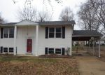 Foreclosed Home in Fenton 63026 PERDIZ LN - Property ID: 3890888889