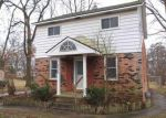 Foreclosed Home in Highland 48356 CLOVERDALE - Property ID: 3891034277