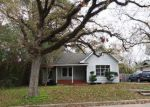 Foreclosed Home in Conroe 77301 N ROBERSON ST - Property ID: 3891772269