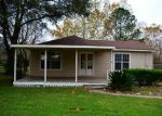 Foreclosed Home in Baytown 77520 NOLAN RD - Property ID: 3891780147
