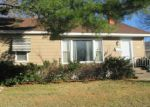Foreclosed Home in Wood River 62095 VANPRETER AVE - Property ID: 3891974171