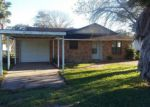 Foreclosed Home in Edna 77957 N DRAKE ST - Property ID: 3892547488