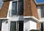 Foreclosed Home in Buffalo 14221 GEORGIAN LN - Property ID: 3892961814