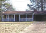Foreclosed Home in Fulton 38843 DORSEY EVERGREEN RD - Property ID: 3894412377