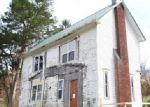 Foreclosed Home in Fairmont 26554 COLFAX RD - Property ID: 3895151234