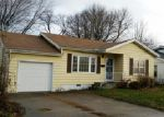 Foreclosed Home in Moberly 65270 E LOGAN ST - Property ID: 3895671557