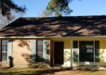 Foreclosed Home in Baton Rouge 70815 S FLANNERY RD - Property ID: 3899066287