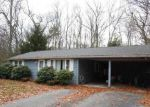 Foreclosed Home in Holland 1521 STAFFORD RD - Property ID: 3899563390