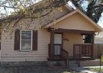 Foreclosed Home in Hutchinson 67501 N MADISON ST - Property ID: 3903306315