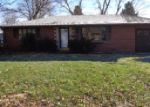 Foreclosed Home in Belleville 62221 EASTLAND DR - Property ID: 3904098620