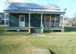 Foreclosed Home in Lutcher 70071 S CENTRAL AVE - Property ID: 3904189264