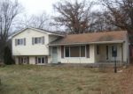 Foreclosed Home in Holly 48442 DIXIE HWY - Property ID: 3905982334
