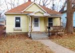 Foreclosed Home in Topeka 66604 SW COLLEGE AVE - Property ID: 3906528941