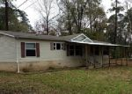 Foreclosed Home in Trinity 75862 LAKESIDE LOOP - Property ID: 3906932300