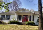 Foreclosed Home in Mount Vernon 62864 E HUTCHINSON RD - Property ID: 3906996688