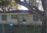 Foreclosed Home in Wallis 77485 COUFAL DR - Property ID: 3907096546