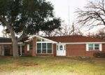 Foreclosed Home in Van 75790 E PENNSYLVANIA AVE - Property ID: 3908137160