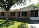 Foreclosed Home in Kingsville 78363 COLLEGE PL - Property ID: 3908193675
