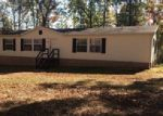 Foreclosed Home in Crossville 38572 OSWEGO RD - Property ID: 3908236596