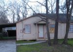 Foreclosed Home in Houston 77049 COLUMBINE LN - Property ID: 3909726581