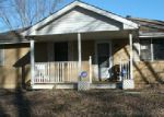 Foreclosed Home in Excelsior Springs 64024 FINE ST - Property ID: 3911177143