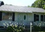 Foreclosed Home in Gillespie 62033 E WALNUT ST - Property ID: 3913277227
