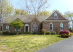 Foreclosed Home in Bowling Green 42103 SANDWEDGE CT - Property ID: 3913935961