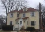 Foreclosed Home in Griffith 46319 N BROAD ST - Property ID: 3914030551